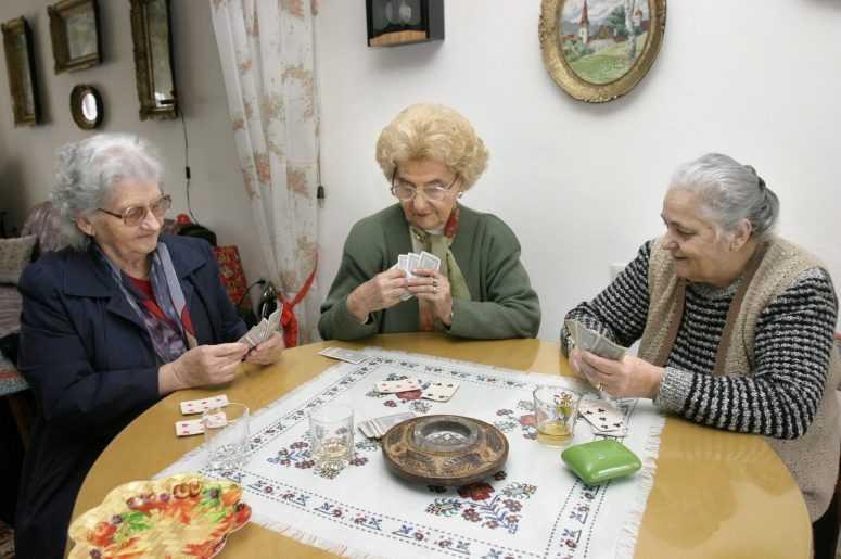Приглашаю для совместного дожития пожилую одинокую даму