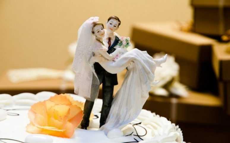 9 лет свадьбы подарок жене 41