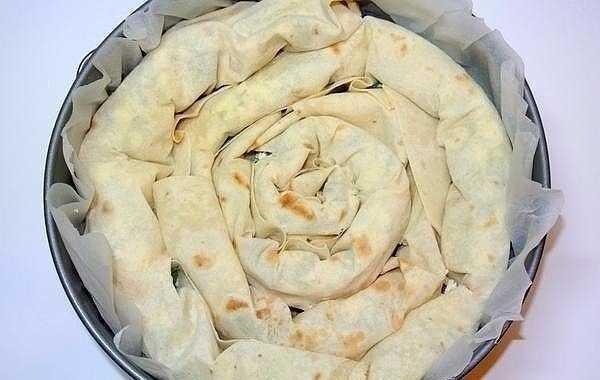 «Лаваш в заливке» очень сытный и аппетитный пирог с неповторимым вкусом