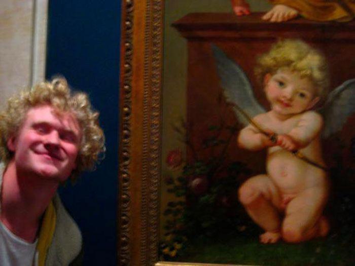 Новое увлечение: посетители музеев ищут своих двойников на старинных картинах