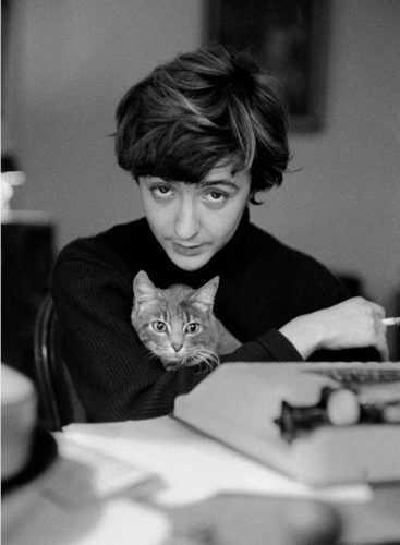 О любви и не только: 10 жизненных цитат писательницы Франсуазы Саган