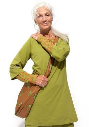 Она была признана самой красивой женщиной, в ее 67 лет