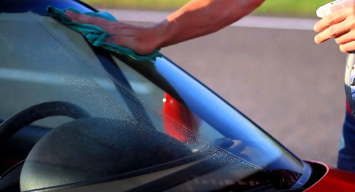 Автомобилистам на заметку.  10 Трюков легко уберут загрязнения любой сложности