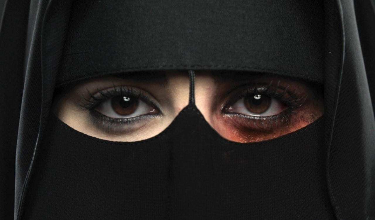 Очевидный прогресс. В Саудовской Аравии женщин уже признали домашними животными