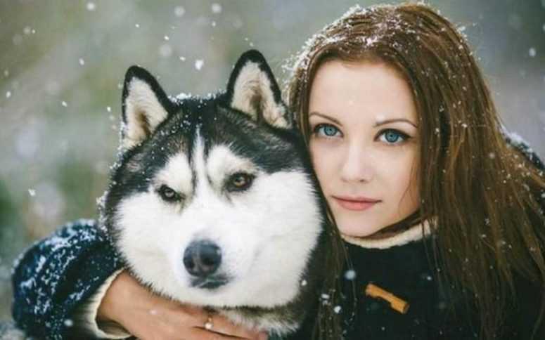 Водитель ее сбил и отвез в лес. Казалось, у нее нет шансов, но тут появился пёс