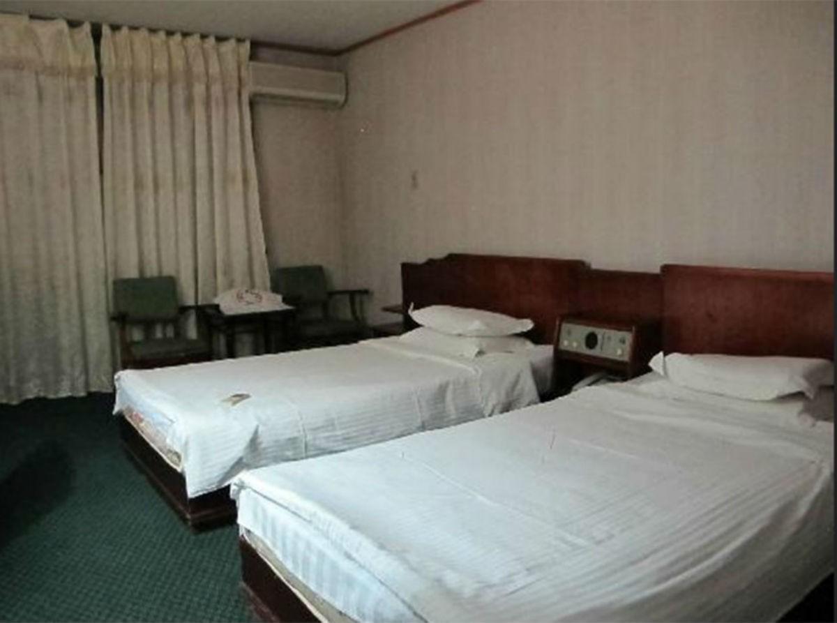 Шестизвёздочный северокорейский отель, который туристы сравнивают с тюрьмой
