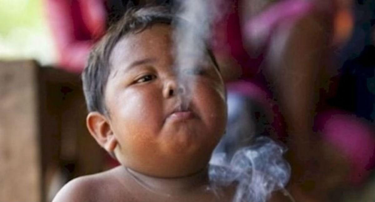 Помните 2-летнего малыша, который выкуривал по 40 сигарет в день? Вот что с ним стало