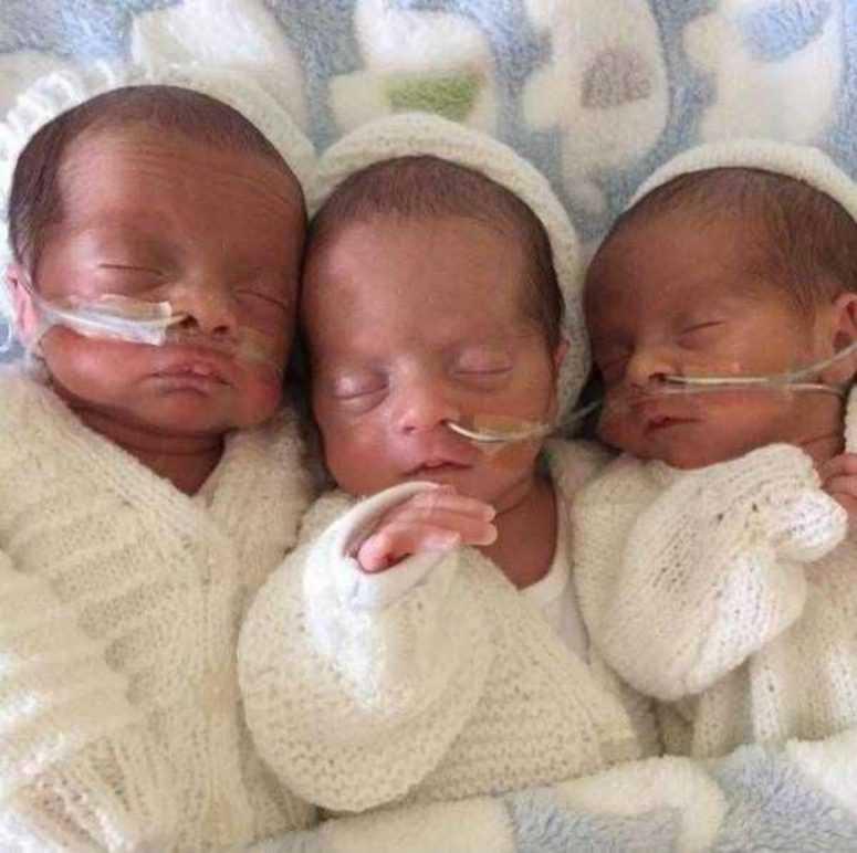 Супруги мечтали об одном ребёнке, но у них появились тройняшки. Однако после их ждал ещё один сюрприз