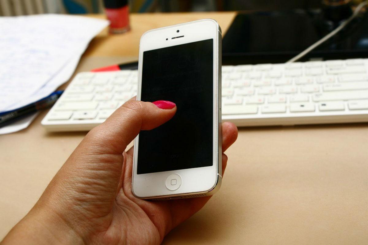 Реальная история о том, кому и зачем нужен айфон