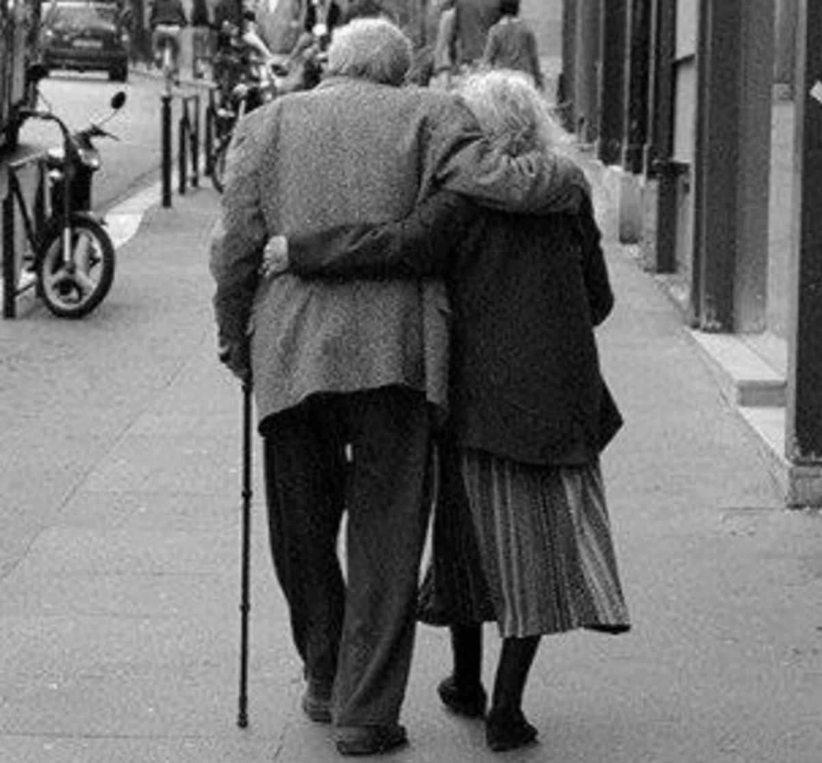 Смешной разговор бабули с дедулей, от которого у меня случилась истерика