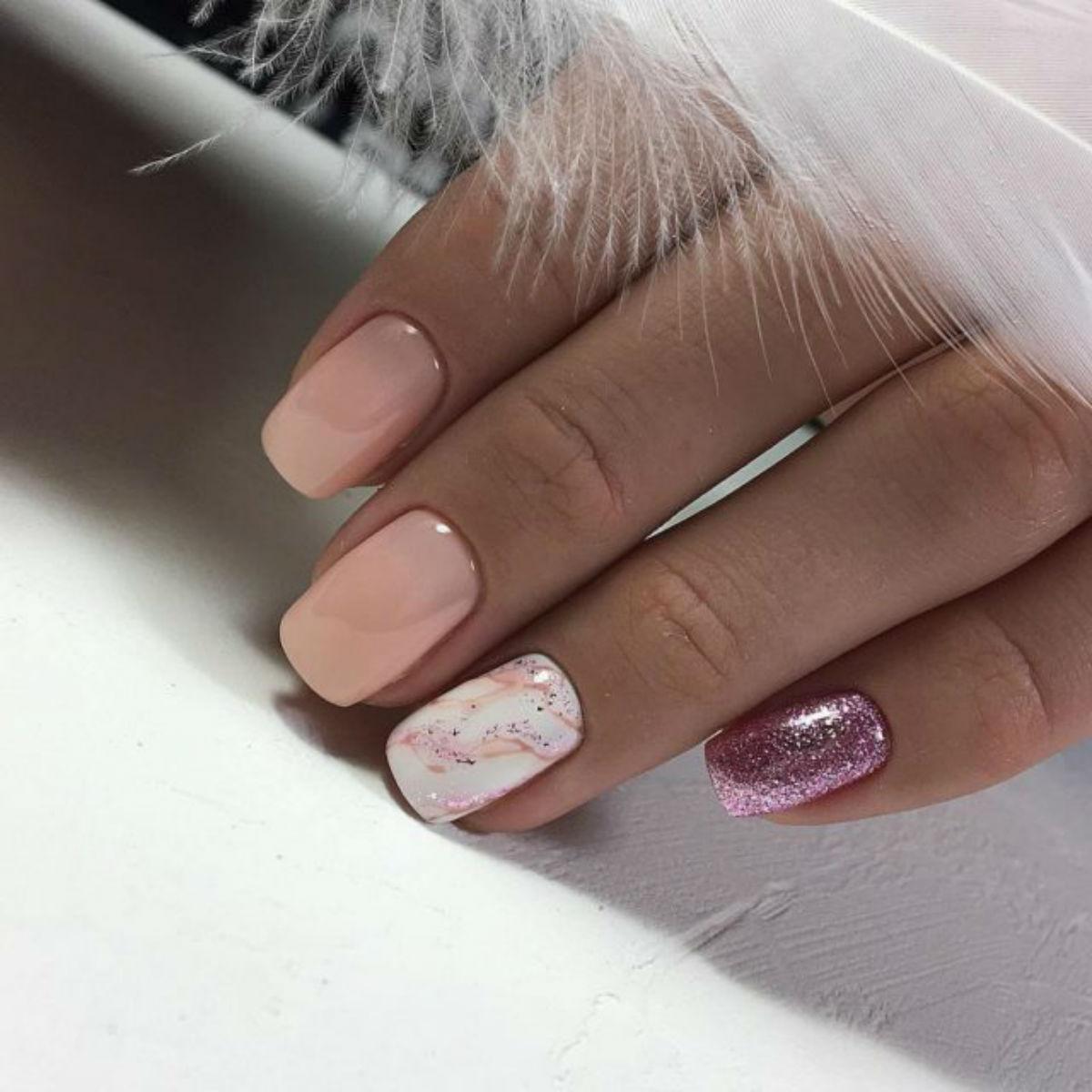 Топ 5 идеи маникюра для квадратной формы ногтей