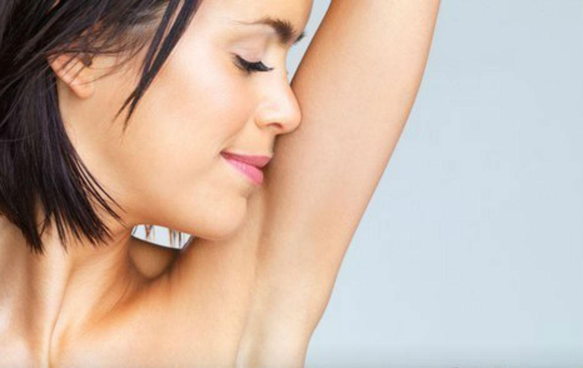 Скажите нет волосам на подмышках! Эти 7 полезных способов избавят вас от них навсегда!