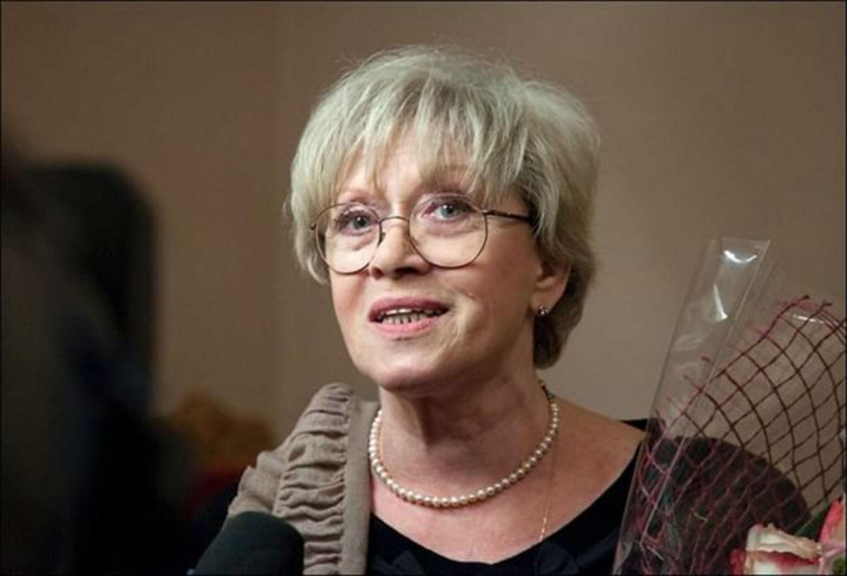 Красивая старость:в Сети сравнили 82-летнюю Алису Фрейндлих и Софи Лорен