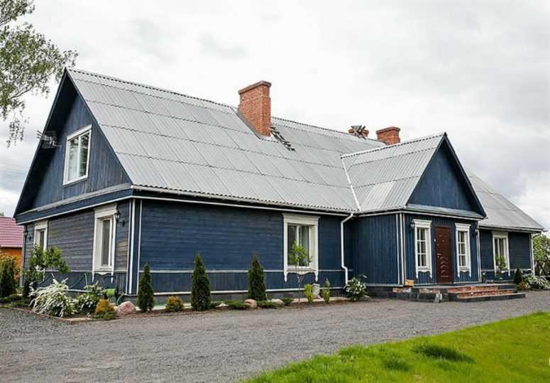 Молодая пара задалась целью и превратила деревенскую дом в загородный  своей мечты