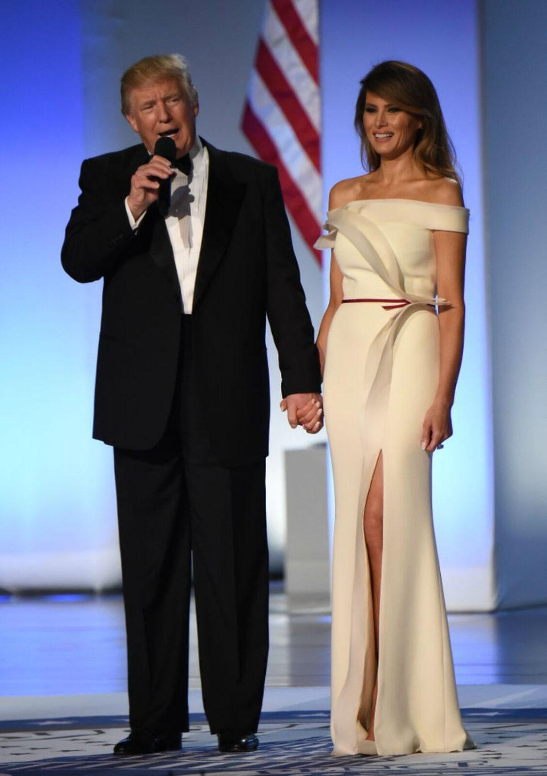 10 красивых образов Мелании Трамп: самая стильная Первая леди