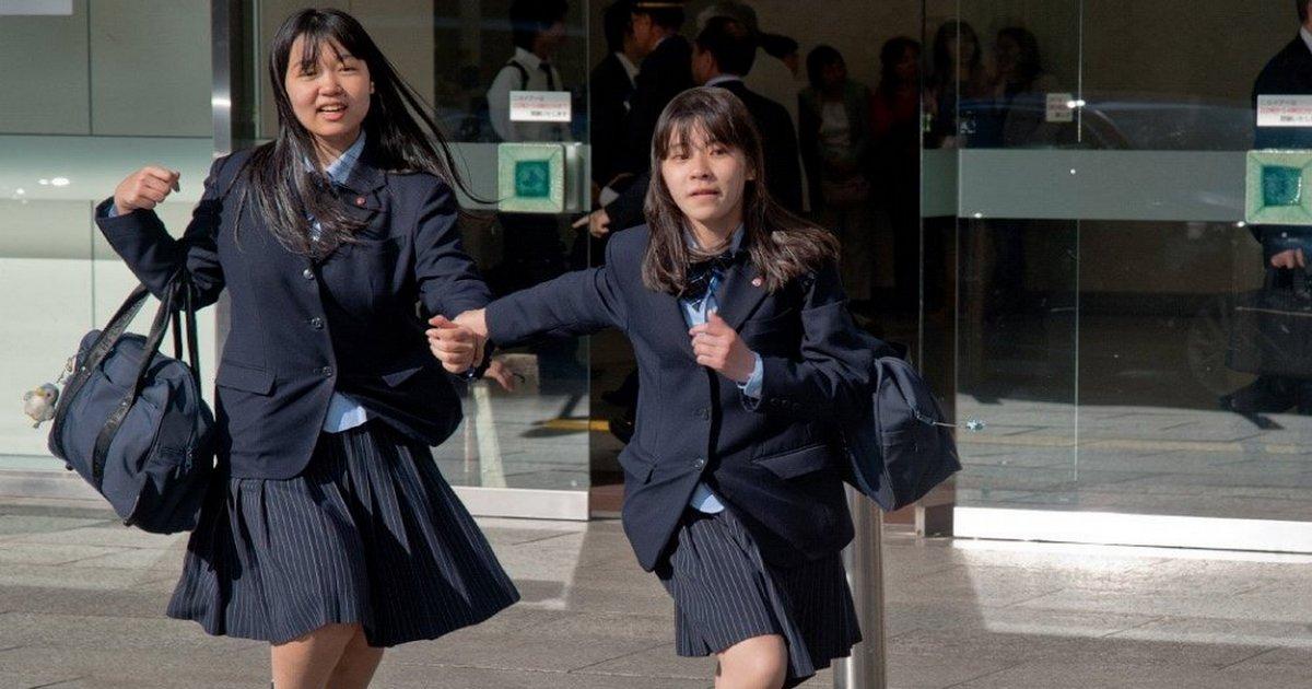 В японской школе можно выйти на уроке в туалет только на 1 минуту