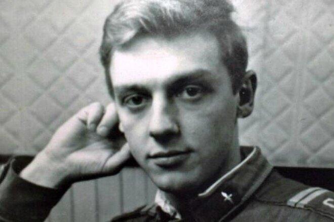 Фото: Актер в молодости biografii.net